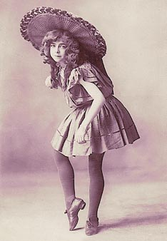 Dorothy Frostick, dancer 1901 Drury Lane, London